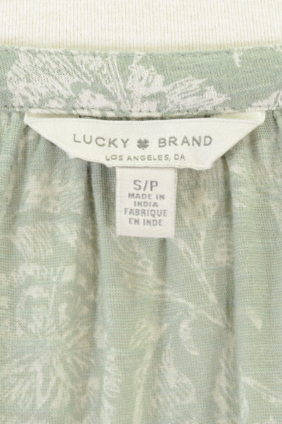 Lucky Brand Los Angeles clothing label.