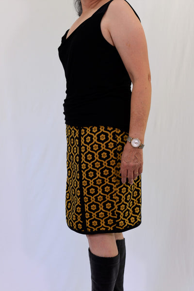 Almost Famous lined winter skirt size 14 - side