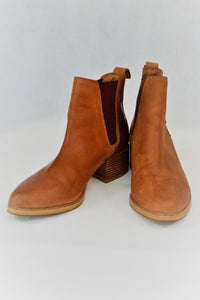 Windsor Smith women's tan leather ankle boots
