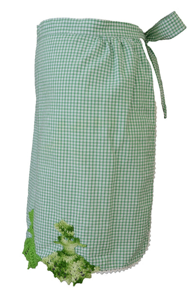 Vintage apron, green gingham, side view