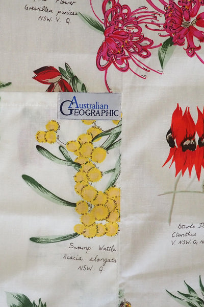 Australian Geographic wildflower apron close-up of pocket/label