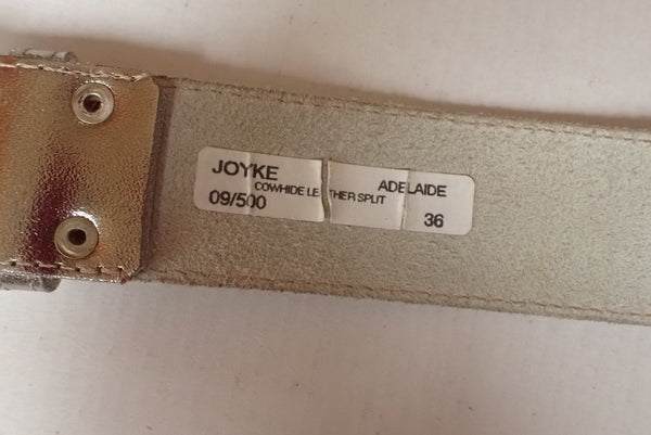 Joyke gold leather belt label