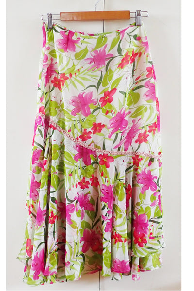 NWT Reba floral skirt front