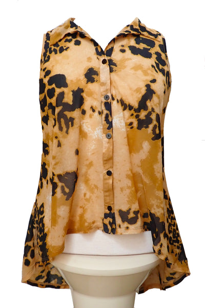 Sportsgirl animal print top, size S, front showing collar and buttons
