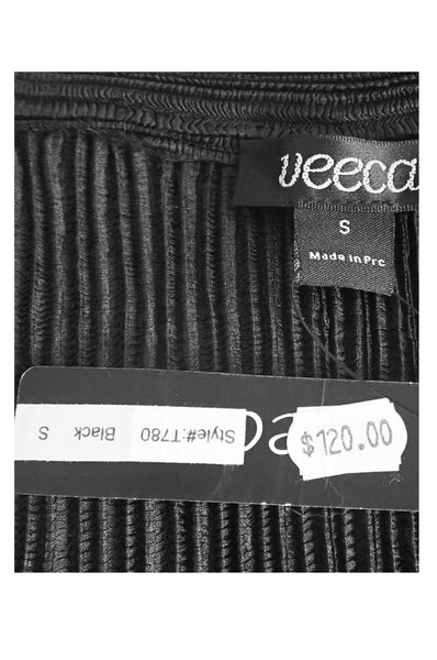 Veeca open jacket showing original tag