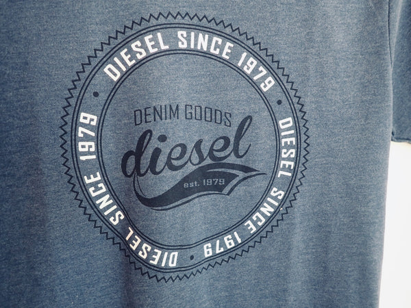 Diesel T-shirt Retro Collection teen close-up