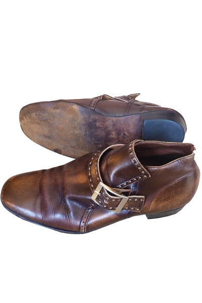 Men's vintage brown leather shoes size 10 showing sole