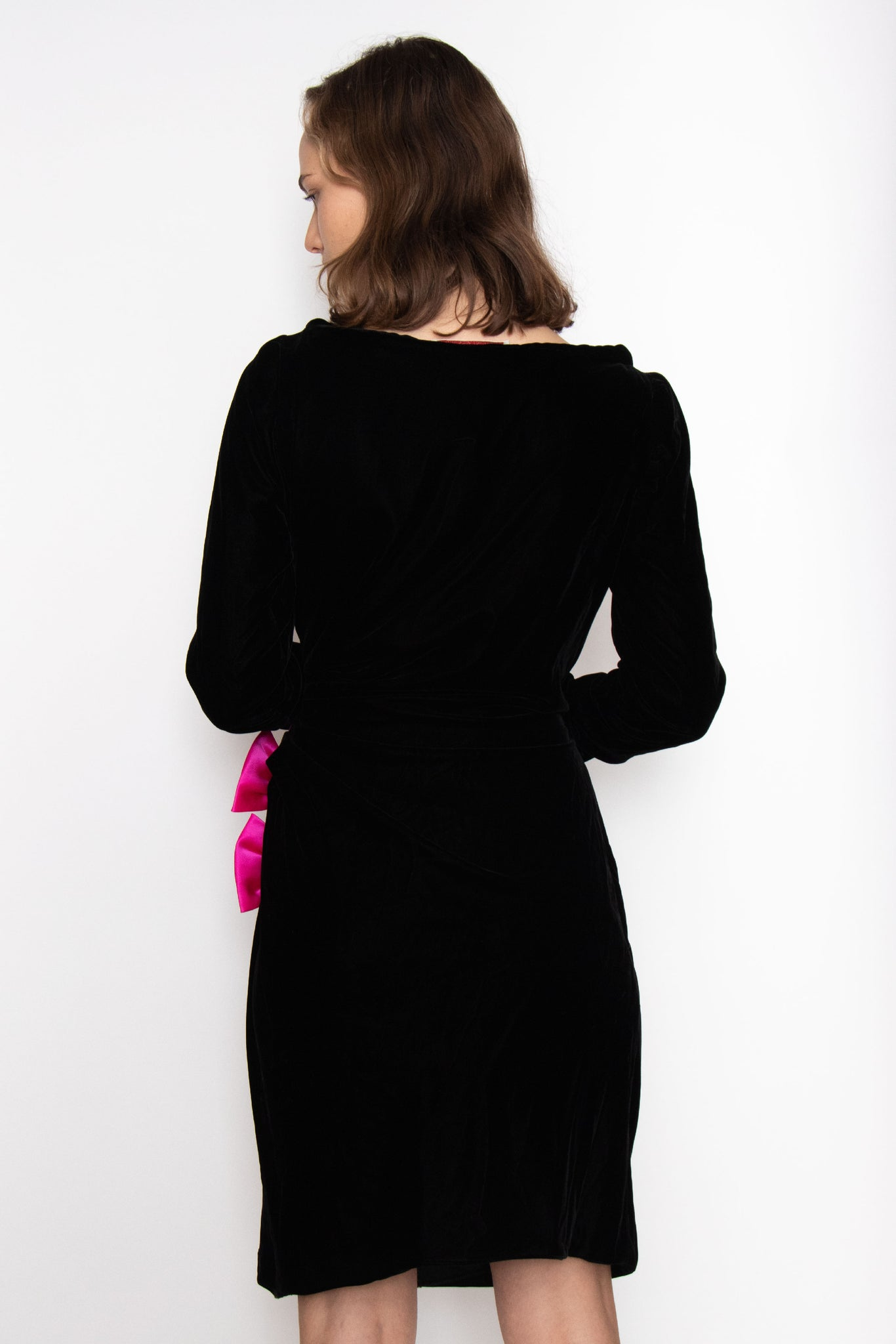 A 1990s Oscar de la Renta Black Velvet and Pink Bow Cocktail Dress S