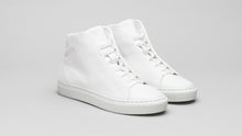 Load image into Gallery viewer, The DiVERGE Minimal High White Canvas sneakers/trainers: front shot