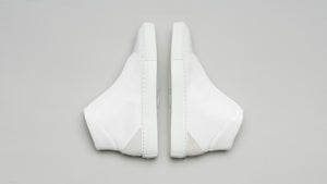 Top perspective of the DiVERGE Minimal High White Canvas sneakers/trainers