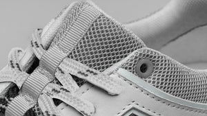 Make your own way with DiVERGE Sneakers - Ziggy White Canvas