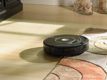 Load image into Gallery viewer, iRobot Roomba 650 Robot Vacuum