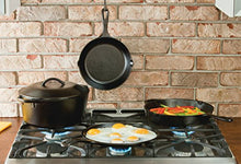 Load image into Gallery viewer, Lodge Seasoned Cast Iron 5 Piece Bundle.