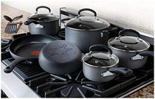 Load image into Gallery viewer, T-Fal Nonstick Pots and Pans 17 Piece Set.