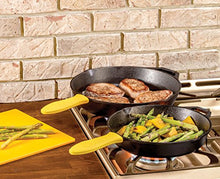 Load image into Gallery viewer, Lodge Seasoned Cast Iron 2 Skillet Bundle.