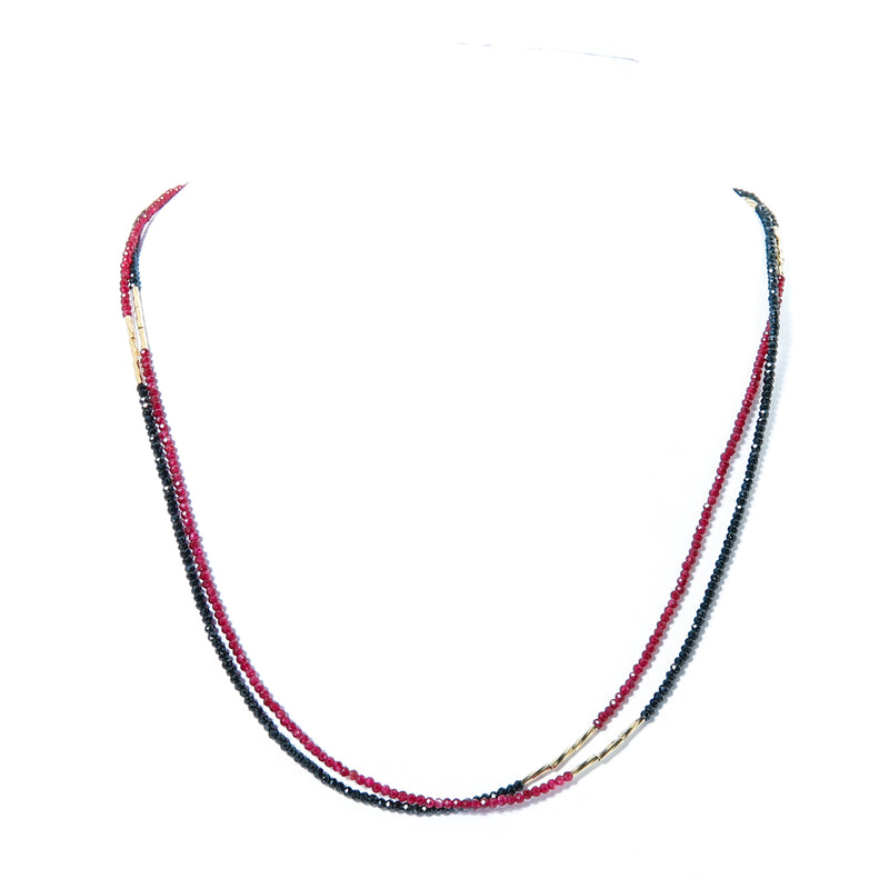 Bracelet/necklace with swirl