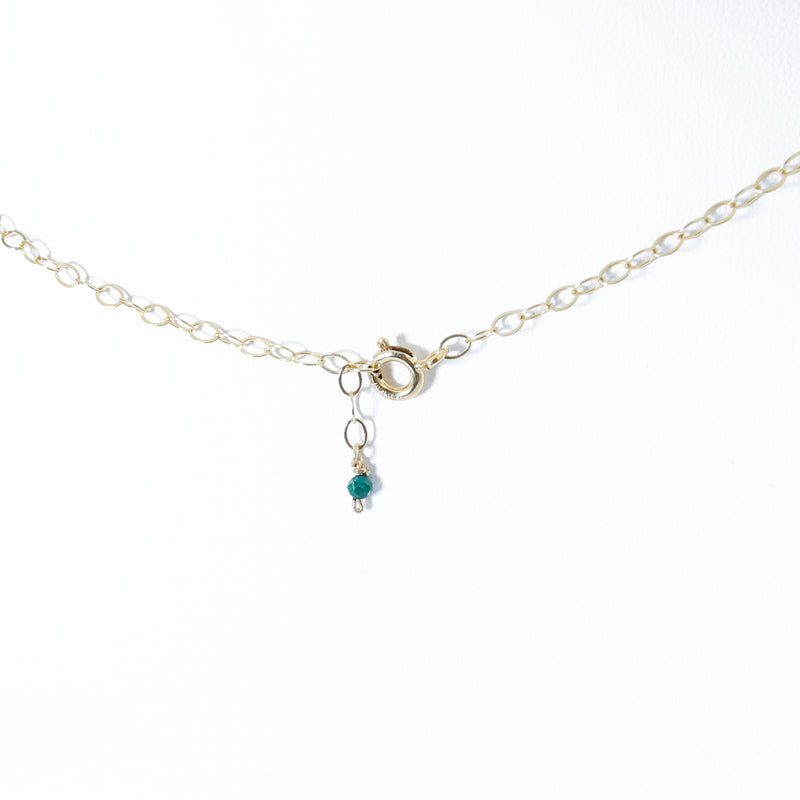 Short necklace with charm
