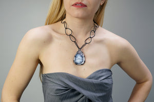 bold Contra necklace
