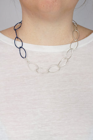Audrey necklace in Silver and Blue Sapphire