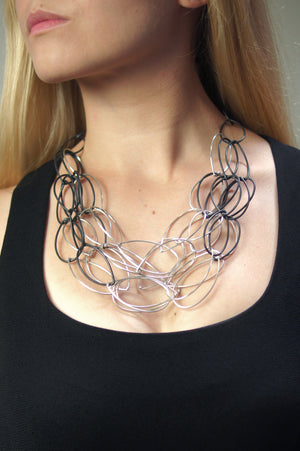 Maya necklace - Shift Collection