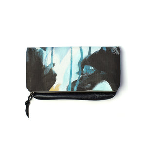 Oyster foldover clutch