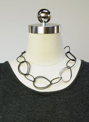 Amy necklace in steel and silver