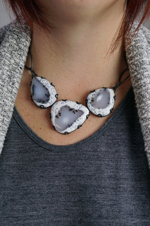 three stone Contra necklace