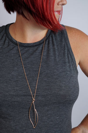 Verdant long necklace in black steel, silver, or bronze