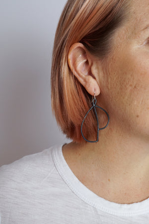 Volo Earrings in black steel, silver, or bronze