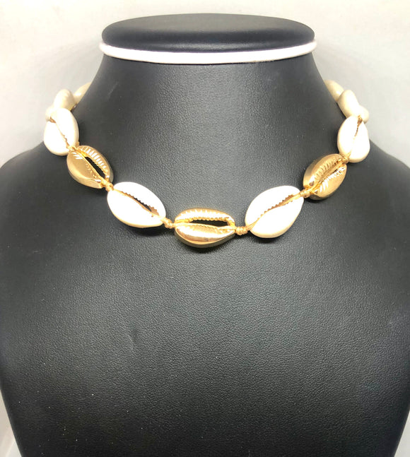Boho Beach Puka Shell Collar