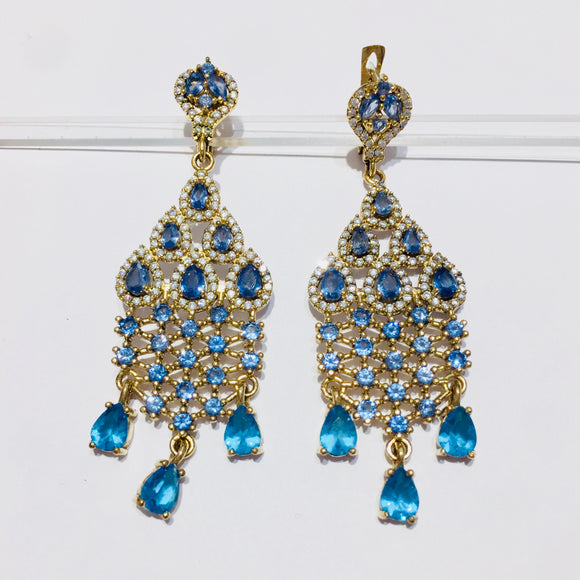 Tear blue earrings
