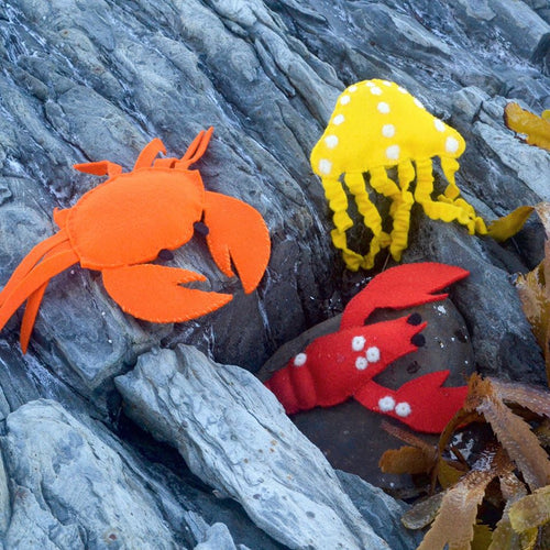 BY THE SEA FELT FINGER PUPPET - HAND SEWING & NEEDLE FELTING DIY KIT