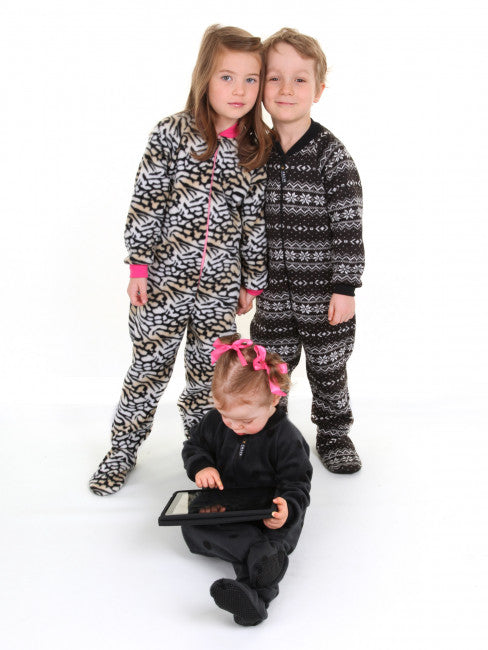 FOOTED PAJAMAS FOR MEN, WOMEN, AND CHILDREN - PAPER PATTERN