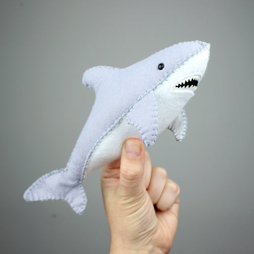 GREAT WHITE SHARK - Hand Stitching Felt Kit