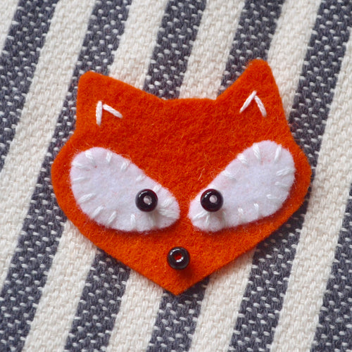 Itty Bitty Fox D.I.Y. Felt Hand Sewing Kit