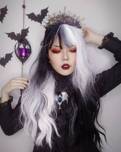Harajuku Black + White Long Curly Hair Wig DB5173