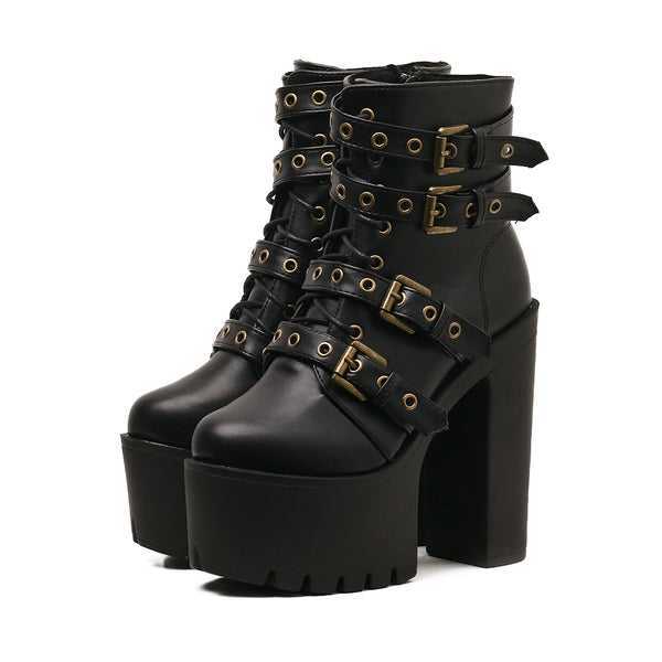 Black hate sky high boots DB6060