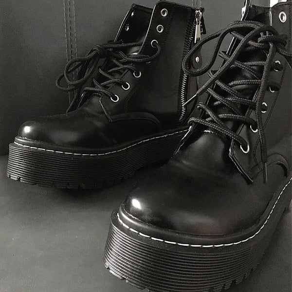 Punk lace up Martin boots DB5944