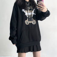 Unisex violent bear black and white sweater DB5077