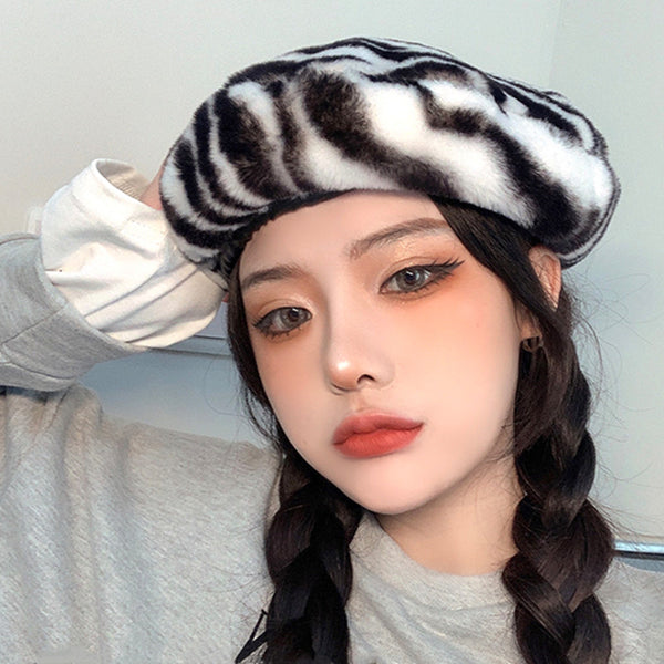 Black and white stripes beret DB6492