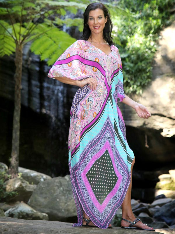 How to look fabulous with a semi formal dress code, Strike A Pose Kaftan, Laloom Kaftans