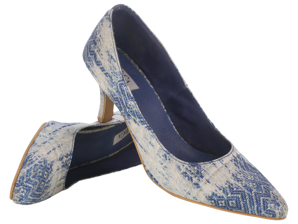 Blue Printed Pumps