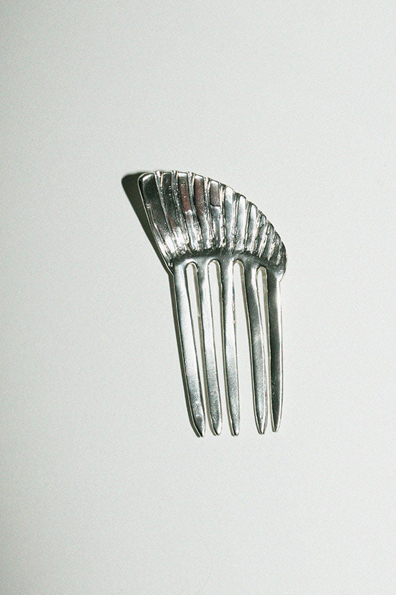Silver Shell comb