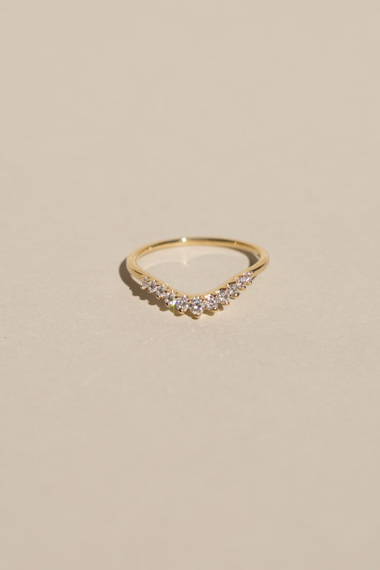 White Diamond Tiara Curve Band
