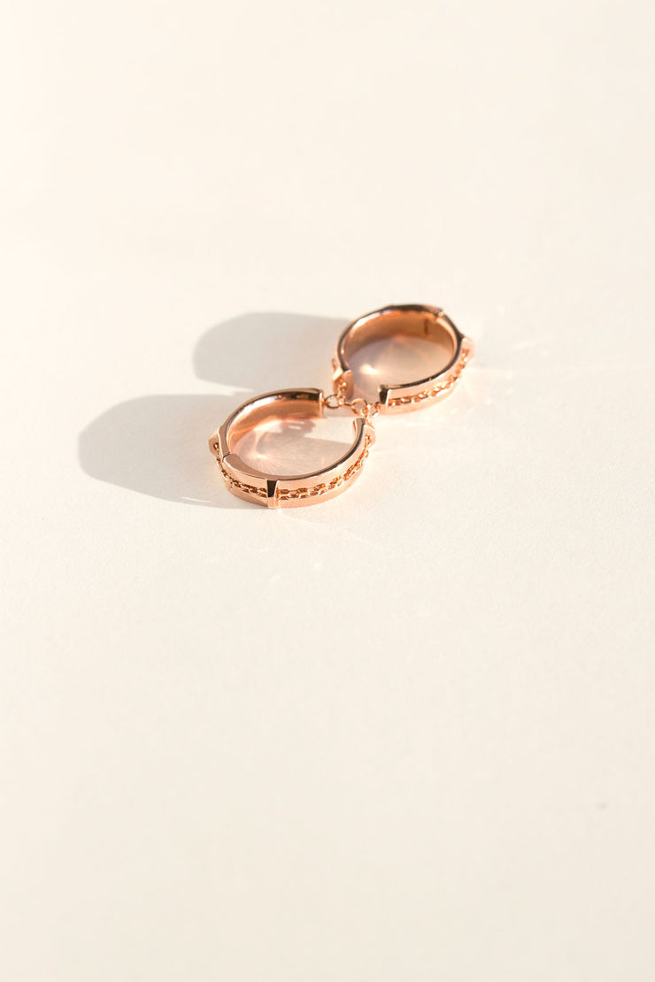 Rose Doublet 2 Finger Ring
