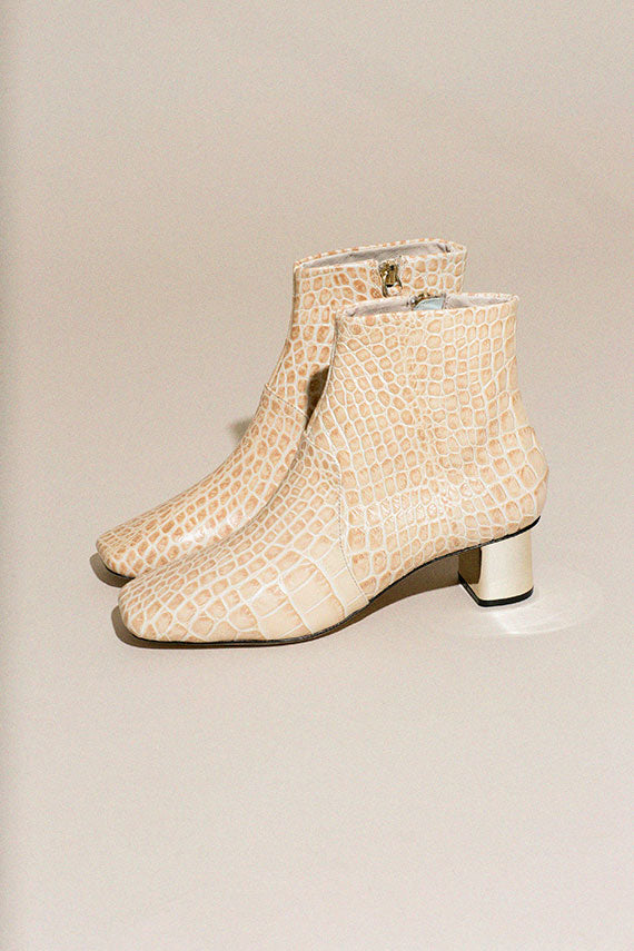 Cream Clarence Boots