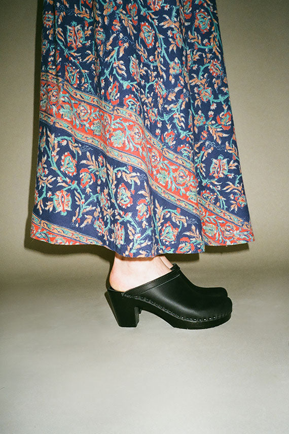 Black Old School Clog