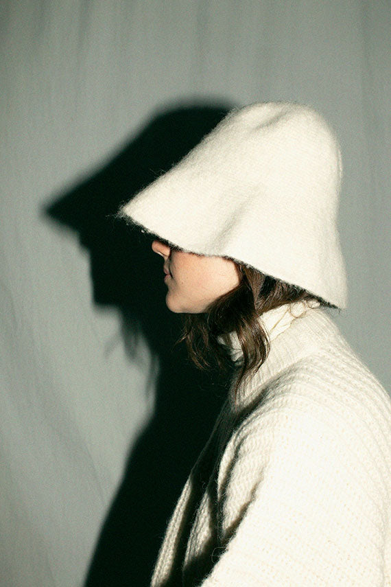 White Big Bell Hat