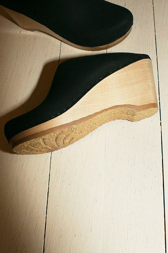 Midnight New School Wedge