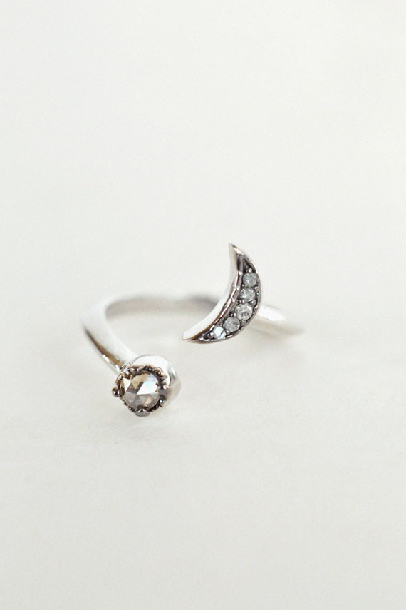 Equinox Fine Knuckle Ring
